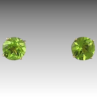 14 Karat Yellow Gold Peridot Earrings