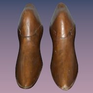 Old Wood Carved Shoe Forms W/ Secret Opening Pair Wonderful Unusual Box
