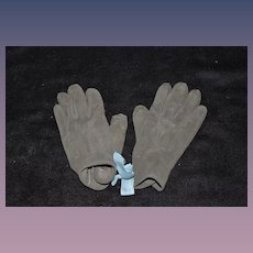 Wonderful Old Child or Doll's Suede Gloves Adorable
