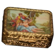 Old Miniature Hinged Box W/ Picture Under Glass Fashion Doll Vanity Box Trinket  Dollhouse