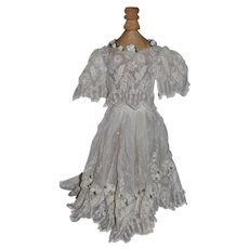 Wonderful White Lace Ruffles Butterfly Sleeves Dress Skirt Top Fashion Doll