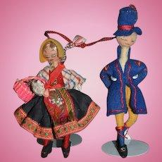 Wonderful Old Felt Cloth Doll Set Original Costumes Miniature Dollhouse