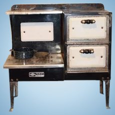 Old Salesman Sample Doll Child's Stove Oven Metal Ware Corp Great Display Enamel and Metal