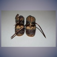 Old Doll Leather Shoes W/ Leather Bows