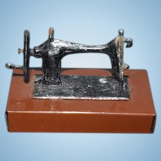 Old Metal Miniature Doll Table Top Sewing Machine Dollhouse