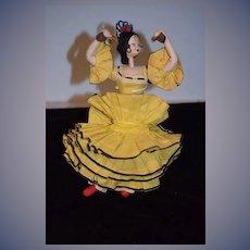 Posable Roldan Klumpe Salsa Dancer Woman