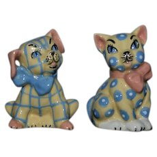 Vintage Cat & Dog Salt and Pepper Shakers Set Ceramic Arts Studio Madison Wisconsin Figurine Adorable Pattern