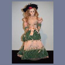Antique French Doll Etienne Denamur Closed Mouth Wonderful E6D