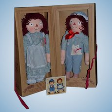 Raggedy Ann and Raggedy Andy Cloth Dolls Mint in Box By Permission of Gruelle Family