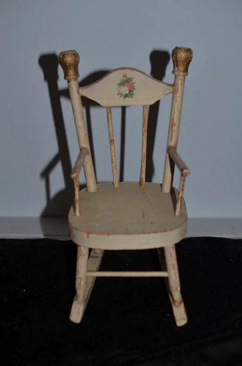 Fabulous Antique Doll Wood Rocking Chair Sweet Fashion Doll Size Inzonedesignstudio Interior Chair Design Inzonedesignstudiocom