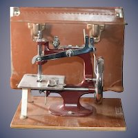 Old Essex English Sewing Machine in Original Case Miniature Working
