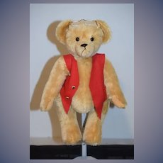 Wonderful Artist Teddy Bear Jointed  W/ Glasses and Vest Too Cute Signed Mohair Owassa Bears Inc.
