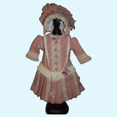 WONDERFUL Doll Artist Dress and Matching Bonnet June Ernst