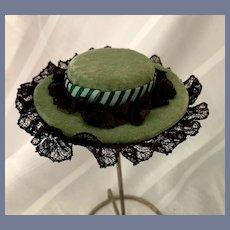 Sweet Vintage Hand Made Doll Hat Bonnet Velvet Lace