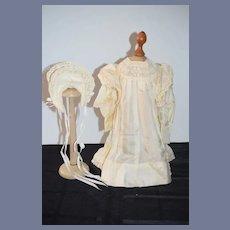 Wonderful Doll Hand Made Doll Dress W/ Matching Bonnet