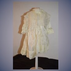 WOnderful Doll Dress and Matching Bonnet W/ Gorgeous Lace Collar