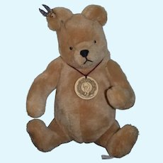 Classic Winnie The Pooh R. John Wright Teddy Bear Button and Tag Limited Edition