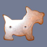 Old Butter Scotch Scotty Scottie Dog Bakelite Button Sew
