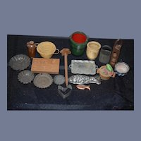 Wonderful Doll Miniature Lot For Dollhouse Kitchen Or Store
