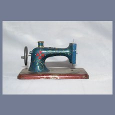 Old Tin Litho Miniature Sewing Machine Doll Dollhouse