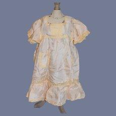 Old Sweet Silk Lace Dress W/ Lace Trimmed Pockets