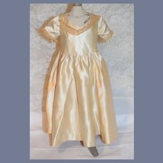 Cream Silk Short Sleeved Doll Gown