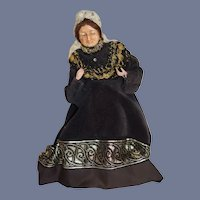 Wonderful Doll Sculpted Queen of England Wonderful Costume
