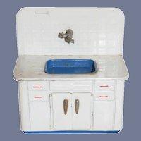 Old Tin Metal Kitchen Sink Dollhouse Doll