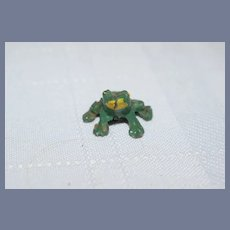 Old Miniature Green Metal Painted Frog Dollhouse 5/8 inch tall