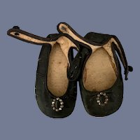 Pair of Black Leather Shoes with Metal Buckle Doll Shoes