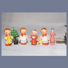 Cute Vintage Doll Assorted Lot of Miniature Wood Carved and Painted Dollhouse Figures