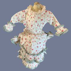 Vintage Doll Dress Fashion Doll Floral Pattern Ruffles Lace Sweet