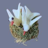 Wonderful Vintage Glass Miniature Birds in Birds Nest Doll Dollhouse Charming