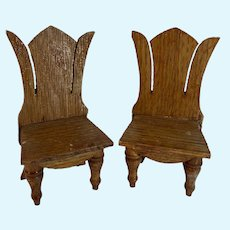Old Doll Wood Miniature Heart Shaped Carved Wood Dollhouse Chairs Chair Set