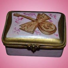 Old Miniature Porcelain Enamel Hinged Box Doll Vanity