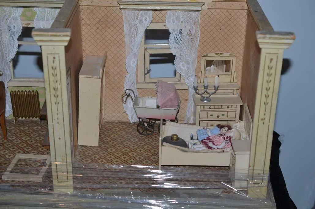 Miniature Children S Bedroom Room Box Diorama: Antique Doll Miniature Dollhouse Diorama Room Box Filled W