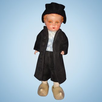 Dutch Composition & Cloth Hindelopen Tourist Doll Holland 1930s-on