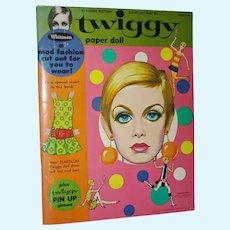 Vintage Uncut Twiggy Paper Dolls Minnow Co. 1967 Authorized Ed.
