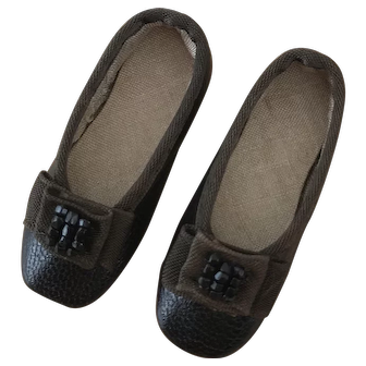 Brown/black shoes for a small antique poupee