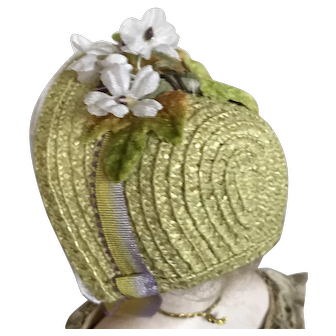 Soft lime green straw bonnet for French poupee or small Bebe