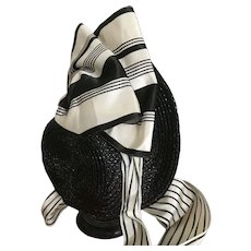 Black and white straw bonnet for Jumeau Bebe