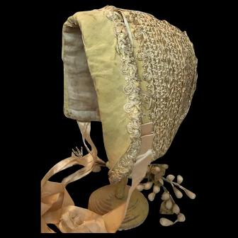 1920's Child's bonnet suitable for large doll
