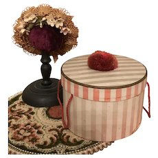 Antique dolls straw hat and hat box
