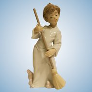 Lladro # 5726 Sweep Away The Clouds