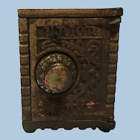 "Vintage Still Cast Iron "" Union Safe"" 1900 Bank"