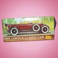 1967 The Lindberg Line 1928 Lincoln Classic Car Kit