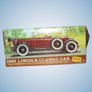 1967 The Lindberg Line 1928 Lincoln Classic Car Kit