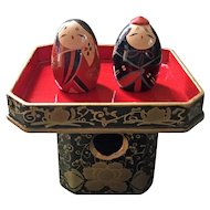 Vintage lacquered Hina Daruma couple on offering stand