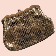 Vintage gold mesh Whiting & Davis Co. evening clutch bag with peach satin lining and mirror