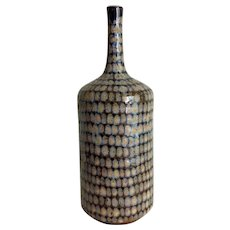 Armando Bernabe R earthenware bottle bud vase with net pattern glaze